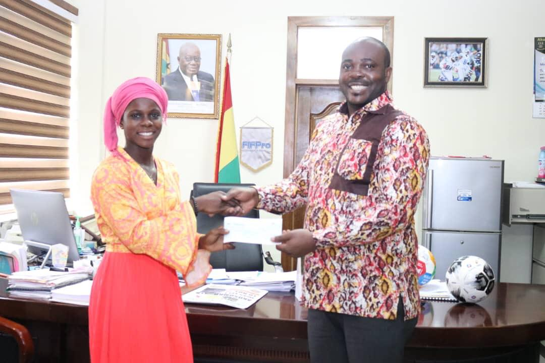 Black Maidens star Mukarama Abdulai presents World Cup awards to president  Akufo-Addo