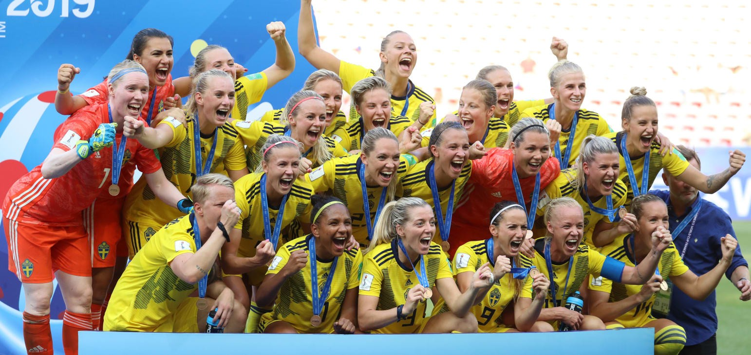 Sweden down England to finish third