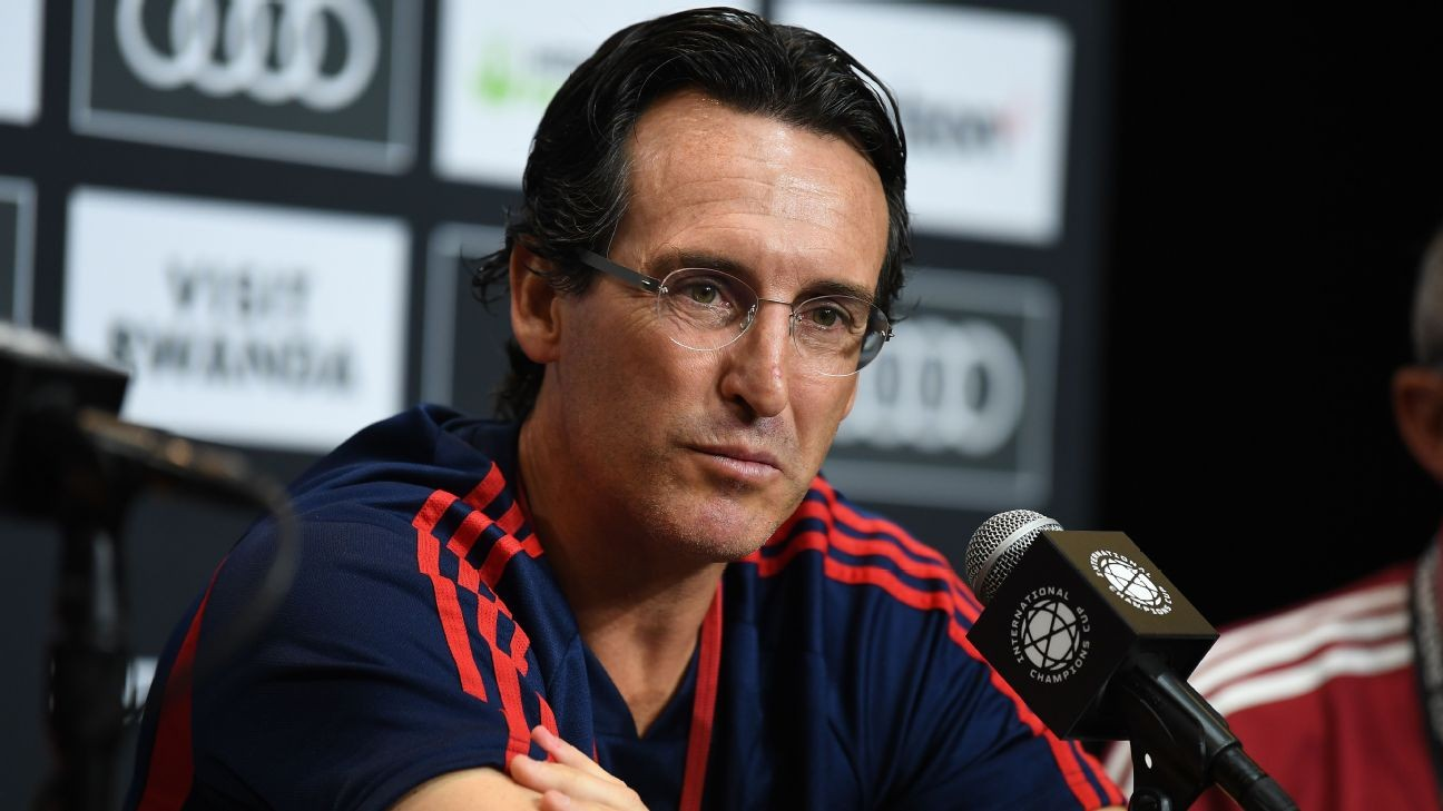 Arsenal targeting big, expensive players - Emery