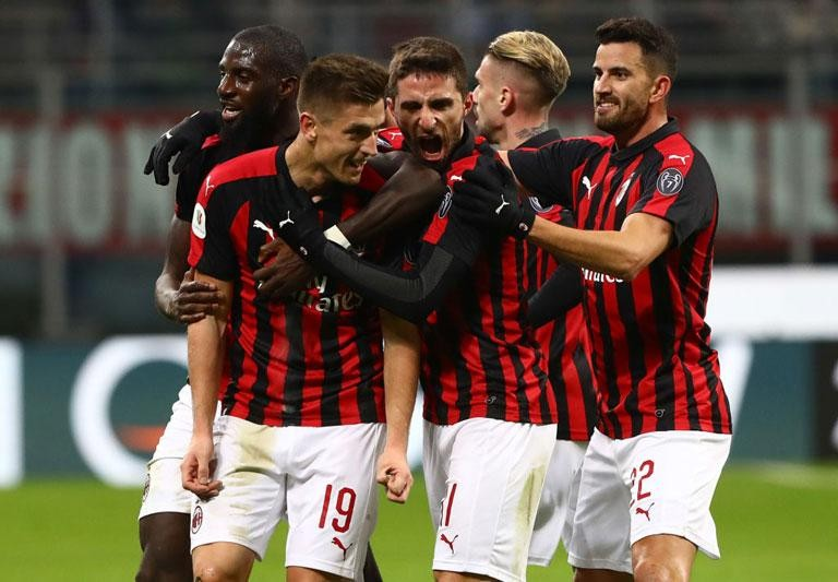 MILAN: TECHNICAL AND TACTICAL WORK FOR THE TEAM
