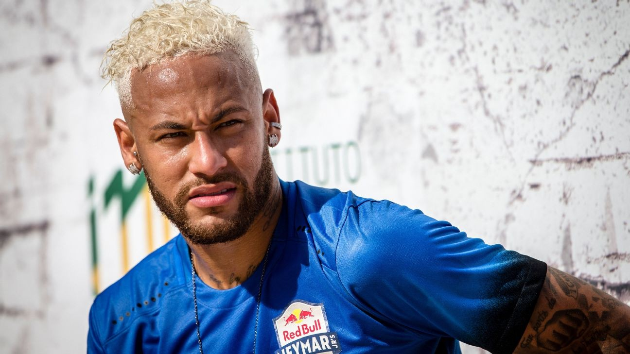 Sources: Neymar confident of tempting Barca offer