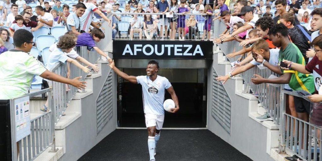 Celta Vigo unveil Ghana defender Joseph Aidoo