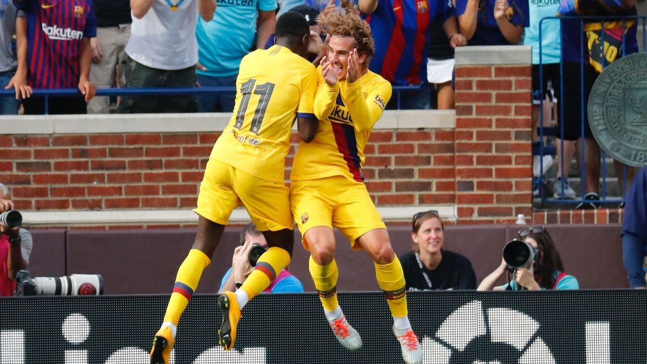 Griezmann nets first goal as Barca rout Napoli