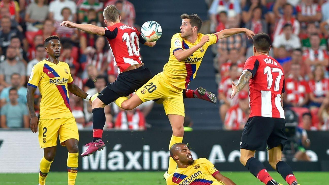 Athletic Club's Aduriz downs Barcelona with golazo