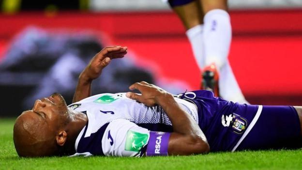 Vincent Kompany injured in Anderlecht's defeat by Genk