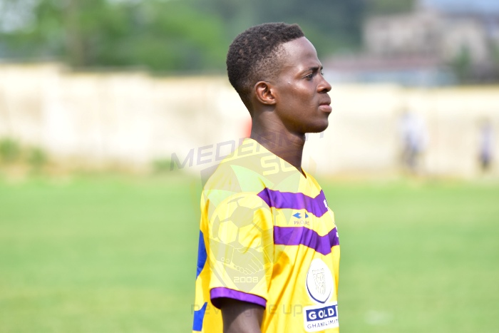 Medeama defender Gideon Acquah pens two-year contract extension