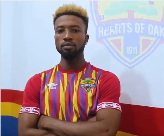 It's lack of respect if i only get to play 10-15 minutes- Hearts forward Bernard Arthur