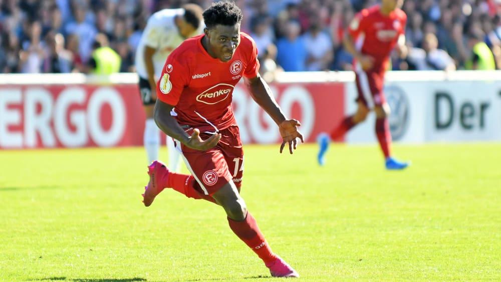 Kelvin Ofori scores on his debut for Fortuna Düsseldorf