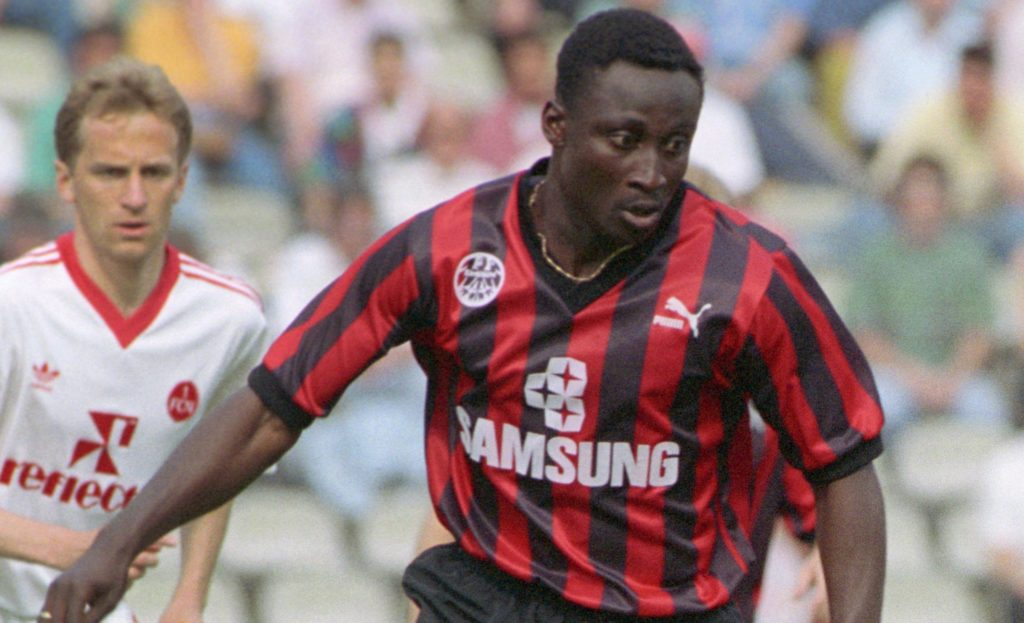 VIDEO: Eintracht Frankfurt fans chant Tony Yeboah's name in Europa League loss against Arsenal