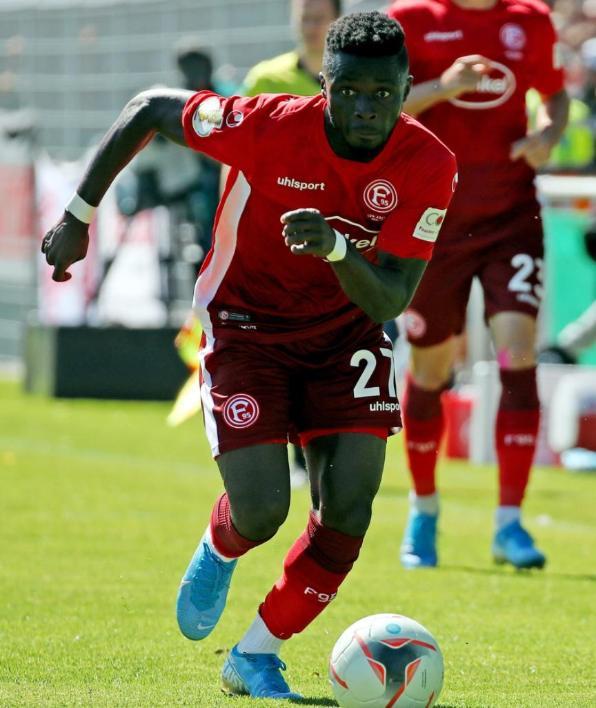 Fortuna Dusseldorf coach Uwe Rösler heaps praise on Nana Ampomah