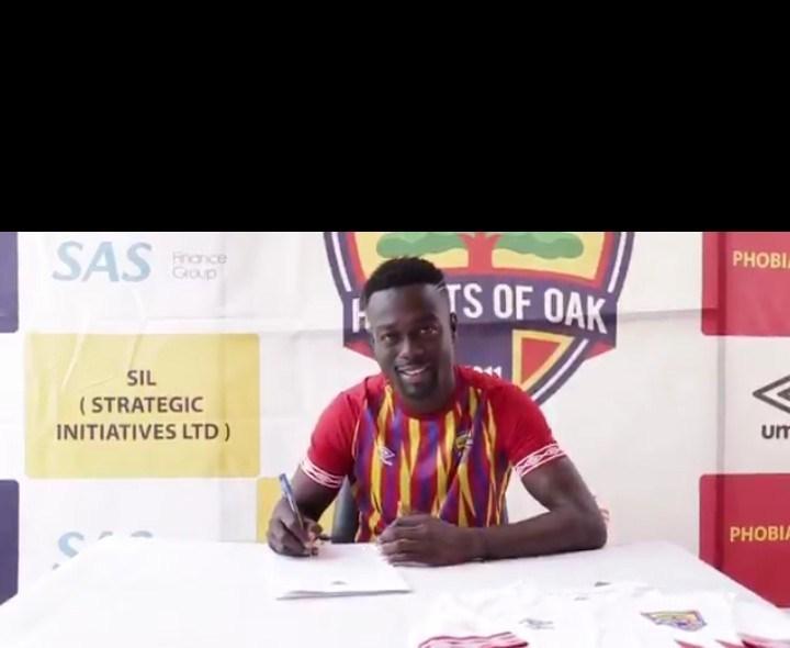 VIDEO: Hearts of Oak complete signing of midfielder Emmanuel Mintah