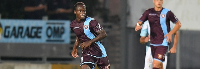 Moses Odjer chasing Alessandro Tuia's record of most capped player at Salernitana