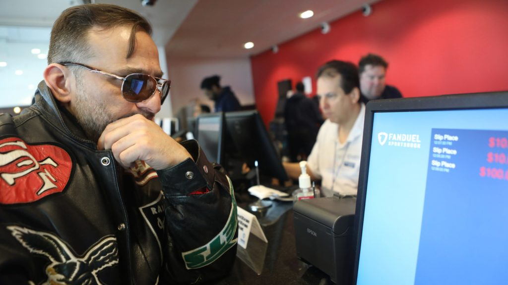 How Online Slots Expertise Can Help You In Sports Betting