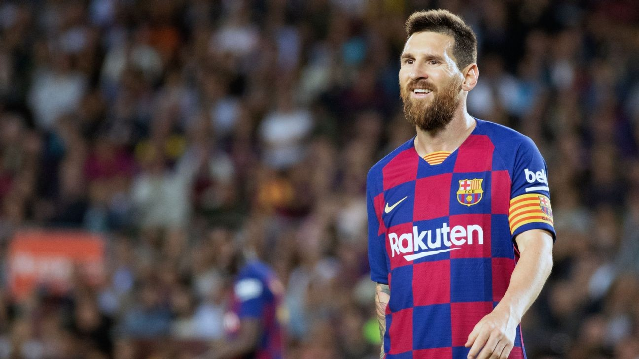 Barcelona's Lionel Messi misses Cristiano Ronaldo being at Real Madrid