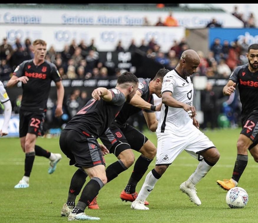 André Ayew broods over Swansea City loss against Stoke City