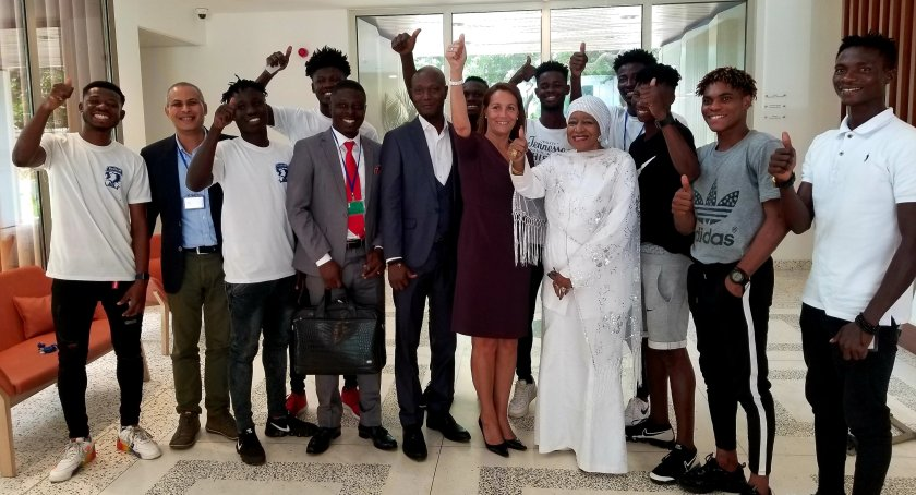 Bechem United and DAF thank French Embassy after European tour