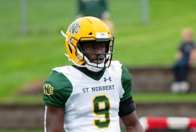 Soccer background helps college NFL star Bright Boachie on football field