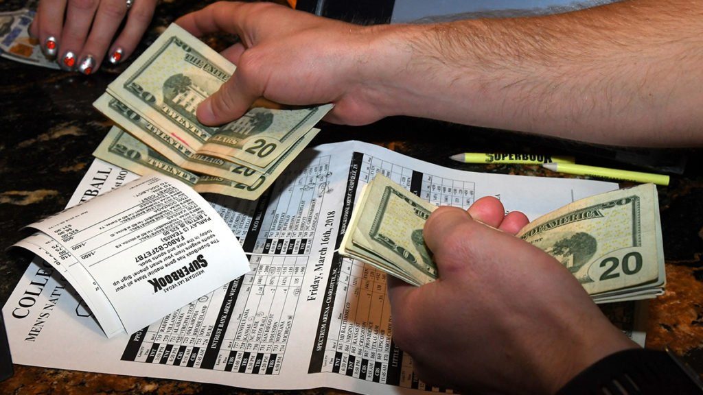 5 SPORTS BETTING TIPS - HOW TO WIN AT SPORTS BETTING