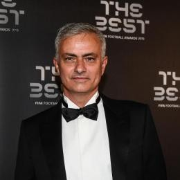TOTTENHAM in deep talks with José MOURINHO