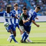 Mubarak Wakaso recovers from hand injury, available for Alaves' clash against Eibar