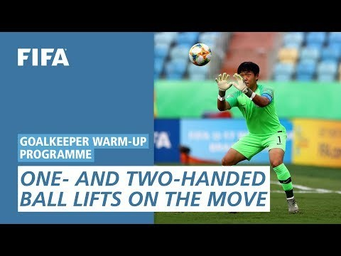One-And-Two-Handed Ball Lifts On The Move  [Goalkeeper Warm-Up Programme]