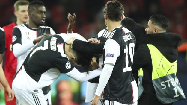 Cristiano Ronaldo: Juventus forward reacts angrily after he is grabbed by pitch invader