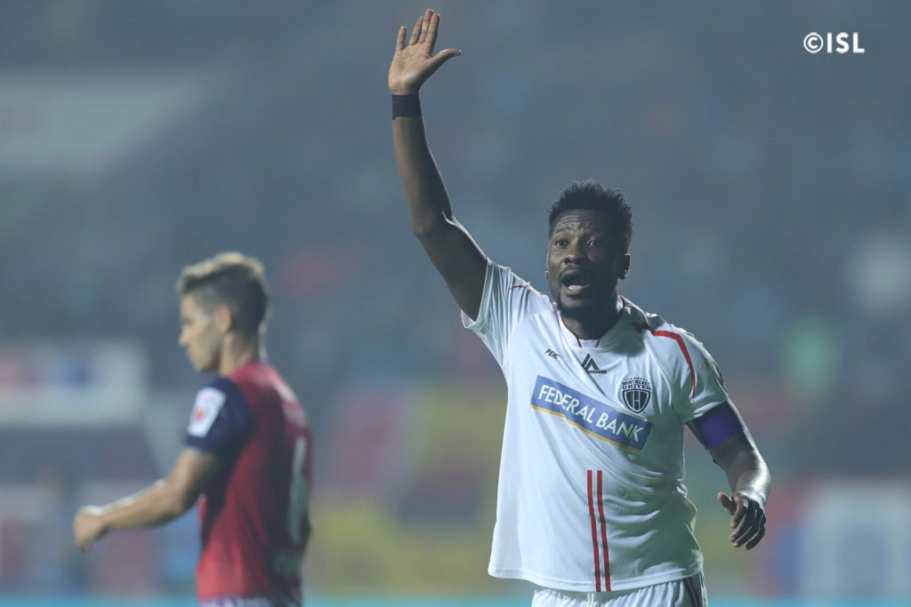 'Evergreen' Asamoah Gyan picks award after scintillating display as NorthEast United FC hold Jamshedpur