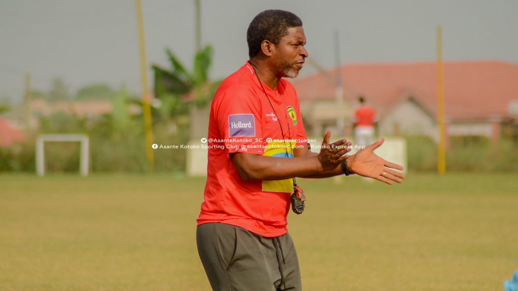 PHOTOS: Maxwell Knoadu's holds first training of second stint at Kotoko