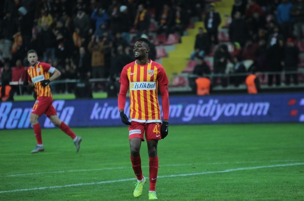 Kayserispor coach Robert Prosinecki blocks Bernard Mensah\'s move to Fenerbahce