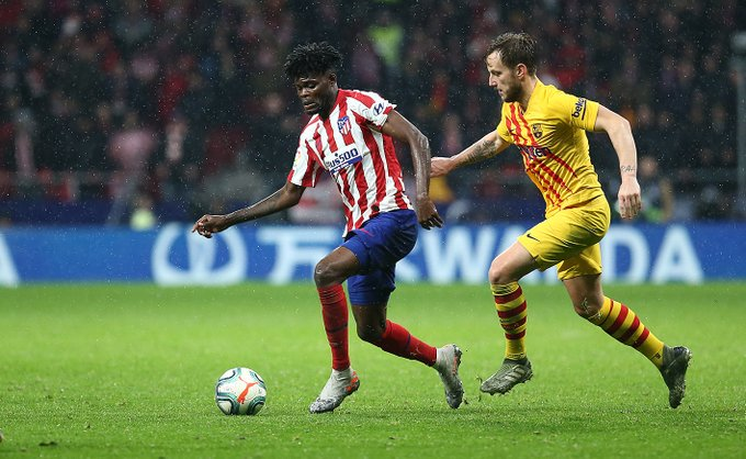 Thomas Partey stars as Atletico Madrid suffer narrow defeat to Barcelona