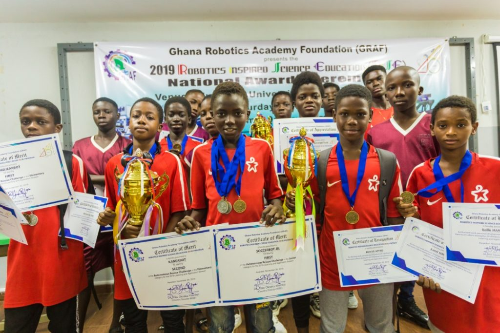 Football academy Right to Dream defeats big Ghanaian schools to win science competition