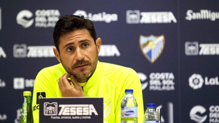 Málaga temporarily suspends Víctor Sánchez del Amo after