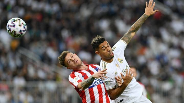 Benfica 'interested in signing Mariano on loan until the end of the season'