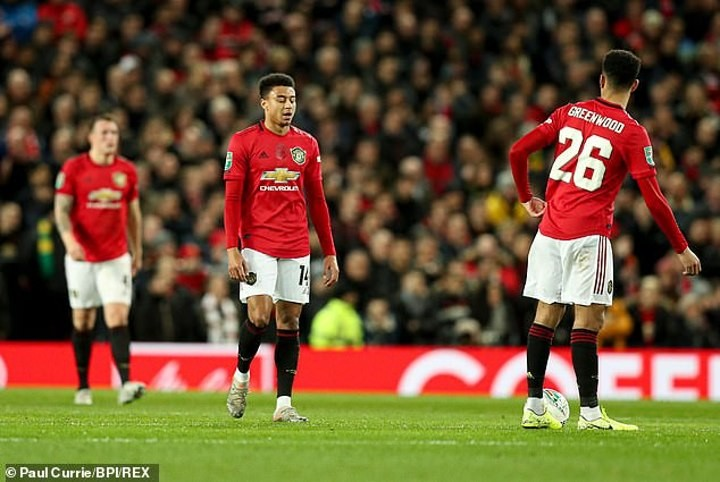 Former Man Utd star Saha slams Lingard as frustrating to watch