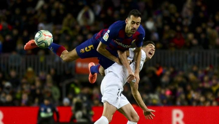 Possession returns for Barcelona, just look at Busquets