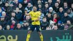 Barcelona target Arsenal's Aubameyang, Valencia's Rodrigo in January - sources