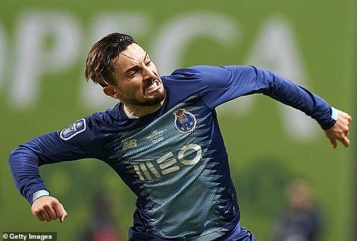 Juventus 'enter the race for Chelsea target Alex Telles'