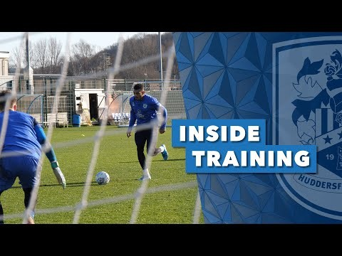 INSIDE TRAINING | Attacking players work on specific drills