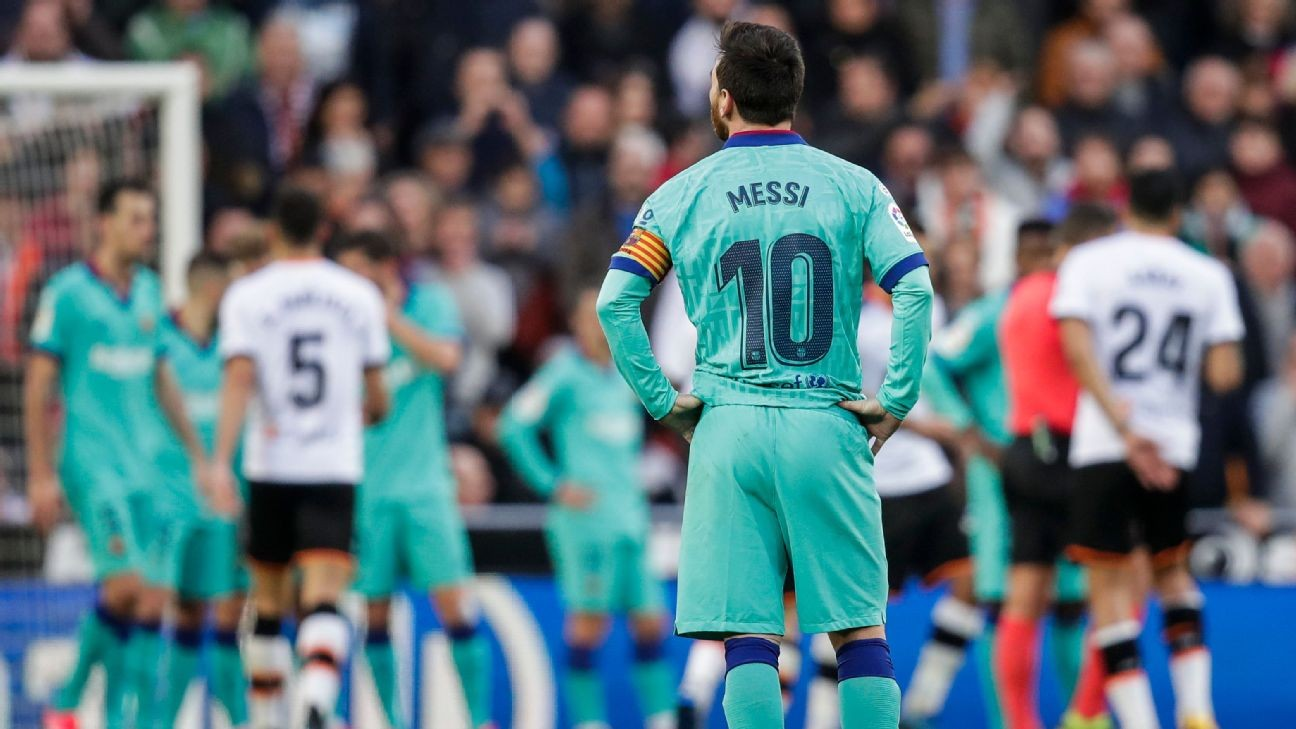 Lionel Messi looks fed up at Barcelona. How can the team and their superstar turn this around?