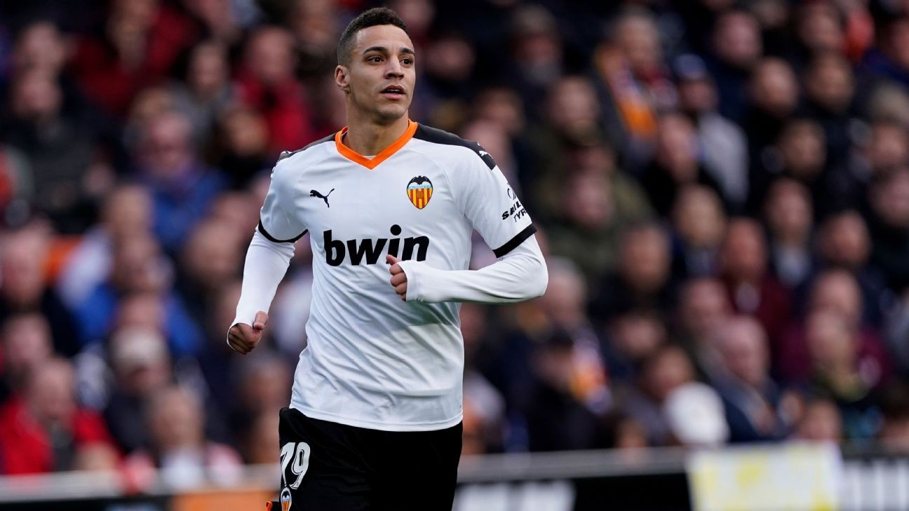 Sources: Barcelona deal for Valencia star Rodrigo nears collapse