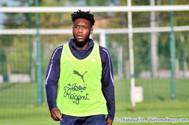 Bordeaux defender Enock Kwateng begins indoor workout after injury recovery