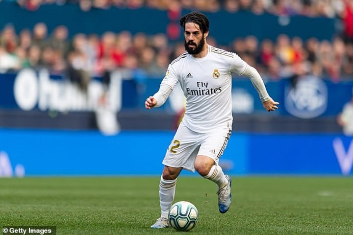 Real Madrid 'ready to sell Isco this summer' to fund Mbappe move