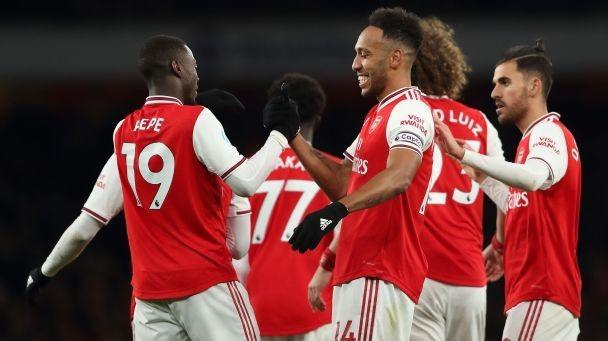 Arsenal net four to thrash Newcastle at Emirates