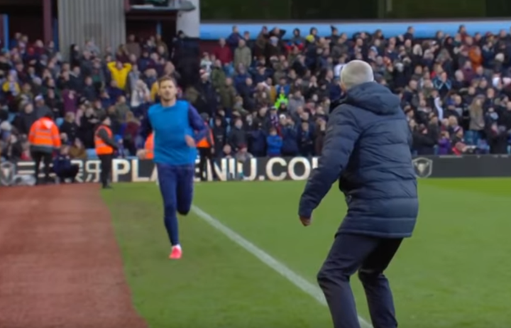 Mourinho celebrated Son's winner by calling Vertonghen to sub him on
