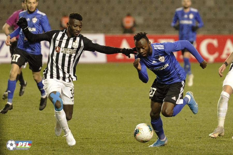 FK Qarabağ coach says Kwabena Owusu needs time to adapt to life at the club
