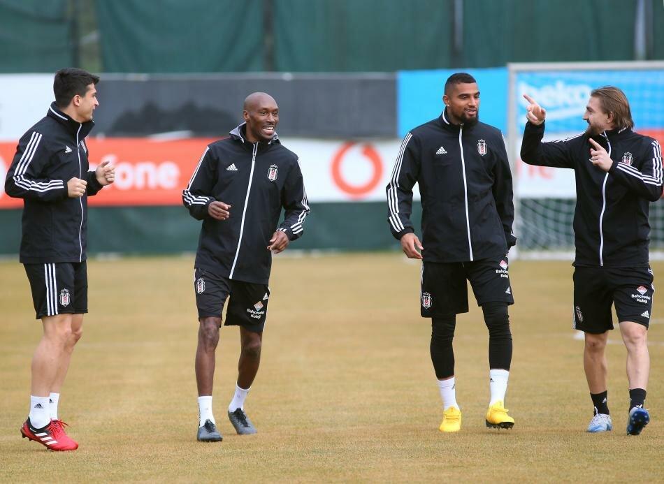 "K.P Boateng praises ""positive"" Besiktas teammates"