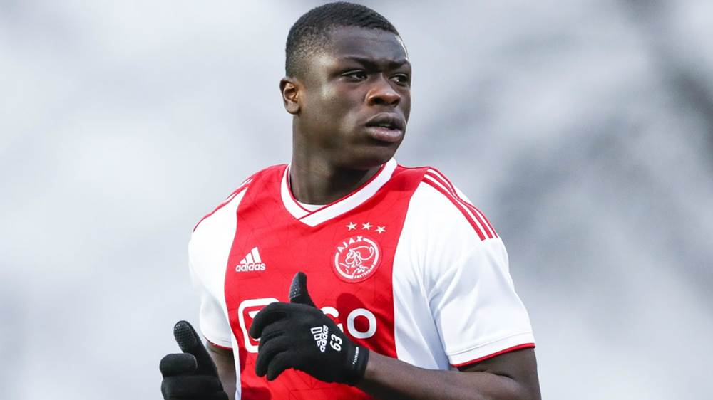 Ghanaian youngster Brian Brobbey could leave Ajax in January