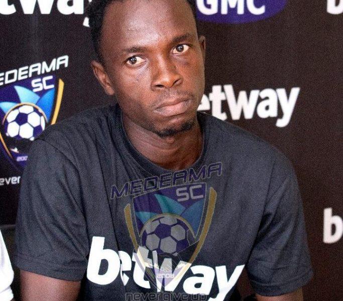 Medeama defender Bright Enchil returns to squad as coach Boadu names 20-man traveling team against Aduana Stars