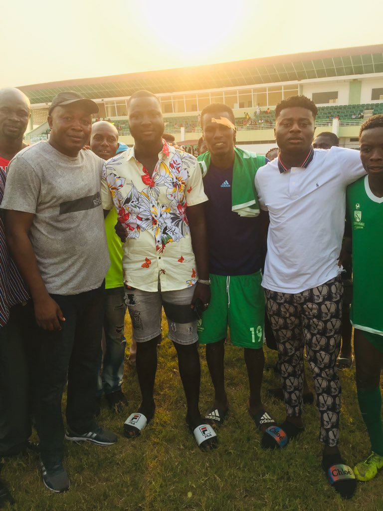 Two Elmina Sharks fans make monetary donation to team after big win against Berekum Chelsea