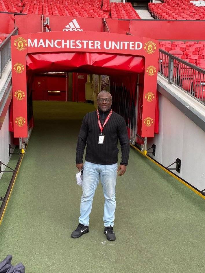 Former Ghana U-20 coach Yaw Preko tours Old Tafford